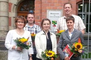 Der Vorstand der LEV (v.l.): Andrea Pusch, Sebastian Müller, Anja Pohl (stellv. Vorsitzende), Karsten Bucksch (Vorsitzender), Uta Rühmer [Bild: Landeselternvertretung Sachsen-Anhalt]
